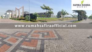 ROW Jalan Perumahan Safira Juanda Resort