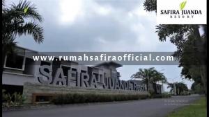 Safira Juanda Resort, Jalan Depan